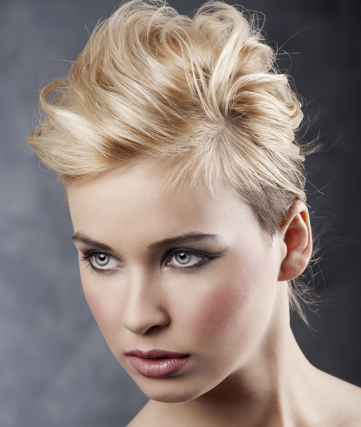Blond Hair Style